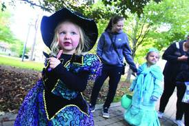 Gurnee Park District to host Trick-or-Treat Path