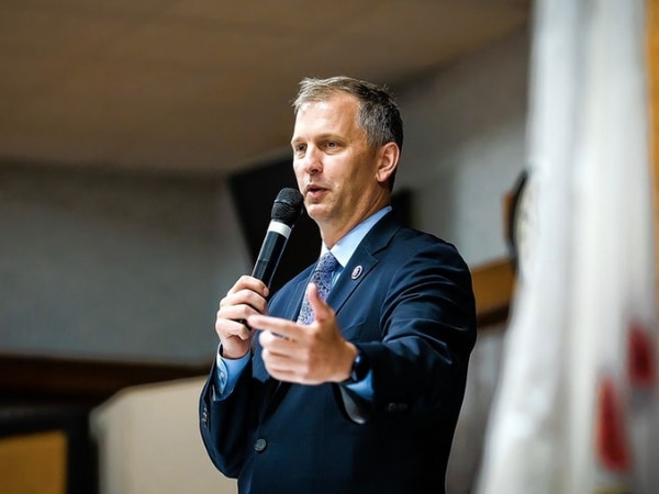 Casten has more than $1 million saved for 2022 campaign; GOP challengers far behind