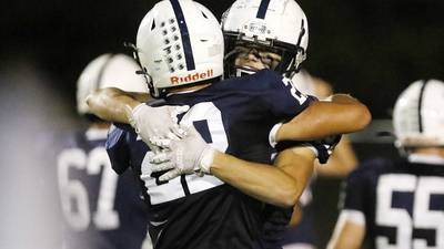Cary-Grove uses big plays to rout Crystal Lake Central