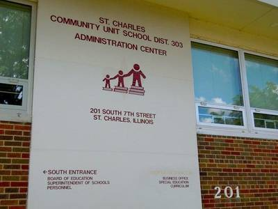St. Charles School Board looking at different ways to let constituents speak their mind