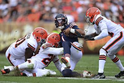 3 and Out: Browns wallop Bears, sack Justin Fields 9 times