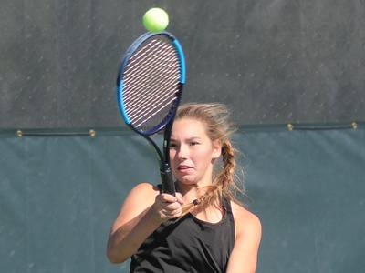 Ottawa girls tennis captures 5th straight sectional championship; L-P 2nd; Morris 3rd