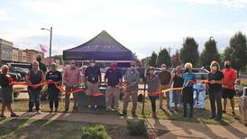 Sandwich Chamber hosts ribbon-cutting for new member
