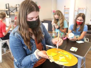 Getting Creative: Paint -n- Create opens in downtown DeKalb