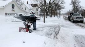 'The worst is behind us': Snow tampers off in McHenry County Tuesday
