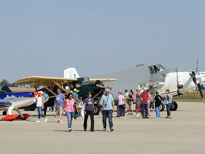 Photos: Fly-in breakfast at the Illinois Valley Regional Airport