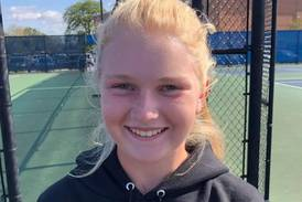 Girls Tennis: With top two singles and doubles state qualifiers, Hinsdale Central breezes to sectional title