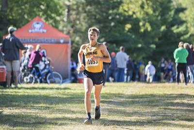 Cross country: Sterling's Johnson wins boys race; Rock Falls girls second at Rock River Run