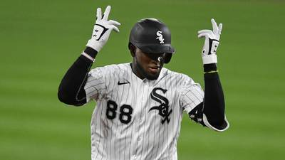 Luis Robert learns from good, bad of rookie season with Sox