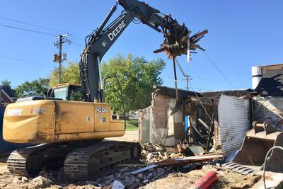 Ohio demolishes former water works building