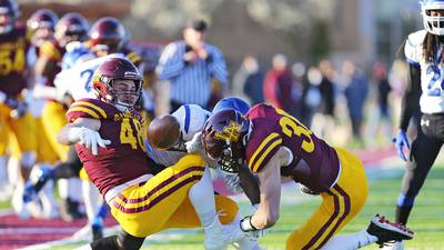 Loyola rolls to 5-0 with win over Phillips