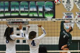 Plainfield Central girls volleyball stretches winning streak to 10