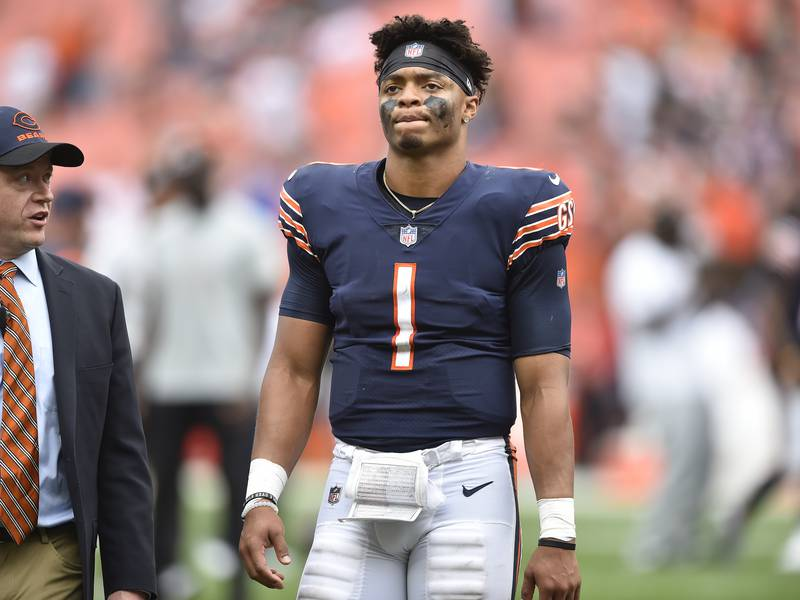 Hub Arkush: Justin Fields' 1st start turns into a disaster. Now begins the blame game