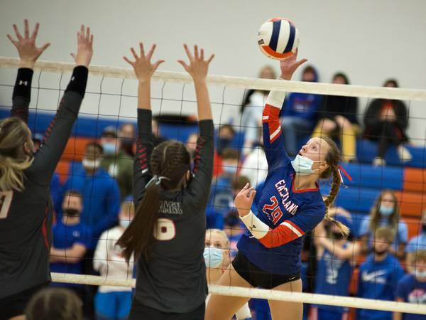 Photos: Eastland vs Fulton volleyball