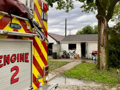 No injuries in fire on Ottawa's west side