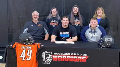 FCW 8-man all-stater Kyle Uhl signs on with St. Ambrose