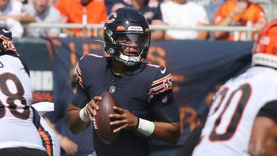 Hub Arkush: Justin Fields shows he still has plenty to learn before he's ready