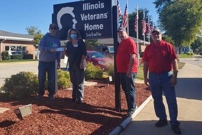 Mort's Pub charity golf outing raises $5,000 for La Salle Veterans Home