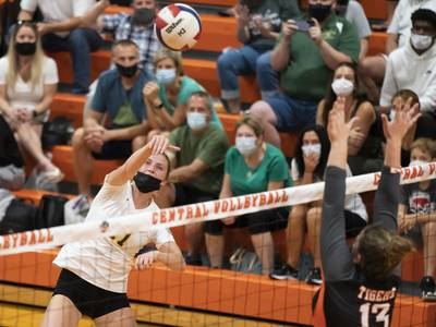 High school volleyball: Northwest Herald Power Rankings for Sept. 15