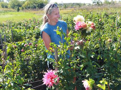 Liberty Prairie farms, programs encourage people to get hands dirty in Grayslake