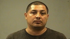 Intoxicated motorist drove on 2 flats with 2 kids in car: cops