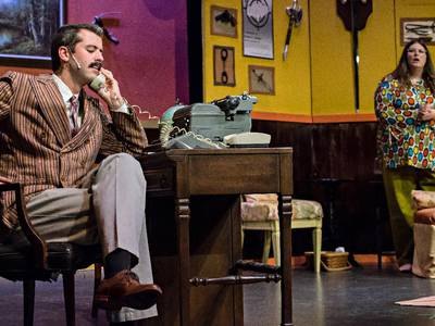 Lockwood review: Theatre 121 rife with twists for 'Deathtrap'
